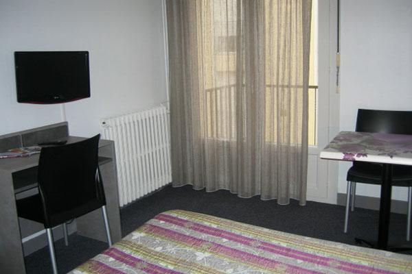 location studio meubl dax landes appart hotel le tuc d eauze. Black Bedroom Furniture Sets. Home Design Ideas